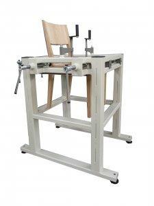 Prasa montażowa do krzeseł
