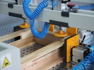 Prasa montażowa stołowa Typ PMS do okien 3