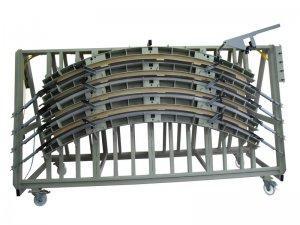 Prasa trapezowa Typ PTJ do klejenia kształtowego 1