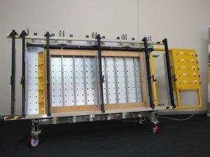 Prasa trapezowa Typ PTJ-O z płytą otworową i dociskiem bocznym 4
