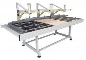 Prasa trapezowa Typ PTJ stołowa do klejenia płyty meblowej