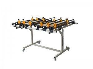 Ściski śrubowe ręczne Typ SR na stojaku obrotowym Typ SO 1